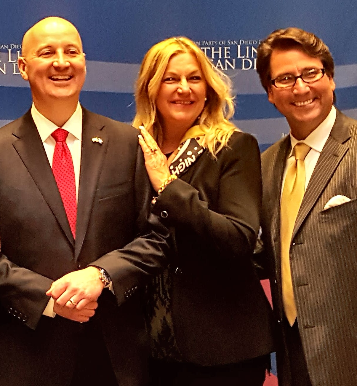 Dr. Perry and Judith Mansfield with Governor Ricketts
